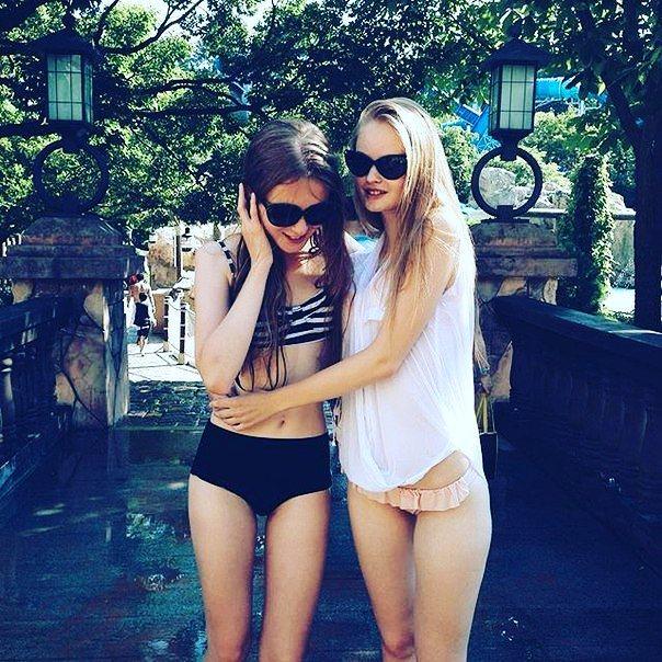 Молодые голые студентки фото - красивые юные школьницы