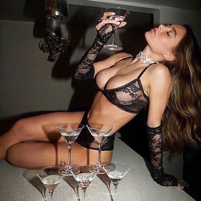 Красивые порно актрисы фото -  самые лучшие порно звезды