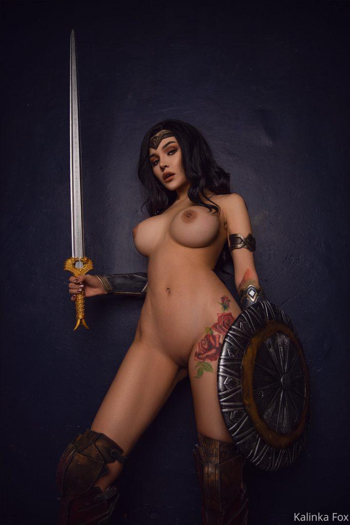 Kalinka Fox голая